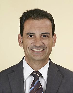 32-Jose Antonio Martinez